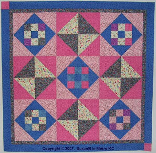 9 patch / hourglass quilt