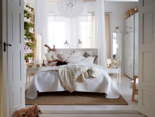 http://3.bp.blogspot.com/_XgX0j0vdPQ8/S-xdQfrzGDI/AAAAAAAAAZM/tb_KzKRQRMU/s1600/Classic-White-Bedroom-best-2010-Ikea.JPG