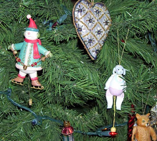 New and old pull-toy christmas ornaments