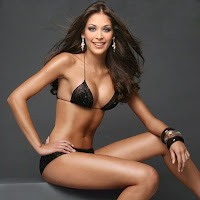 Sexy and Hot Dayana Mendoza (Miss Universe 2008)