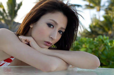 Japanese Celebrity LEAH DIZON