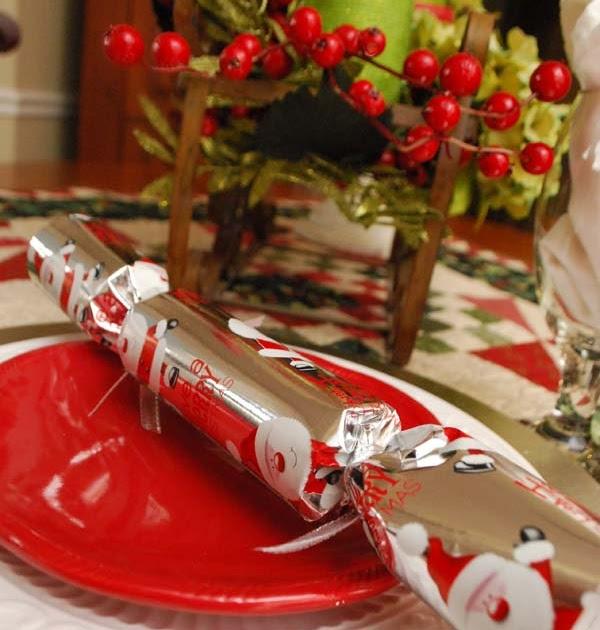 Myeyeq Studio 5 Christmas Crackers