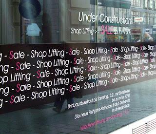 Sale Viennese style (onemorehandbag)