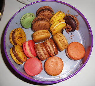 macarons (onemorehandbag)
