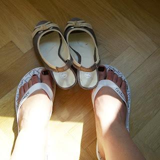 flip flop, flop flip (onemorehandbag)