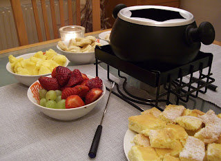 chocolate fondue (onemorehandbag)