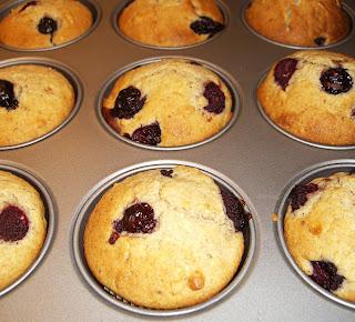 very berry muffins (onemorehandbag)