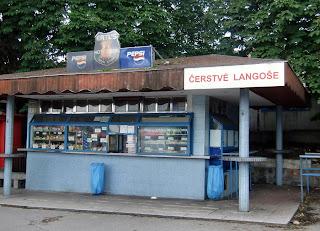 kiosk (onemorehandbag)