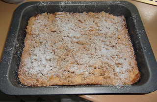 apple cake (onemorehandbag)