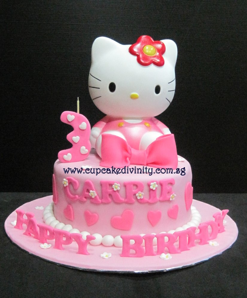 Cupcake Divinity Carries Hello Kitty Cake