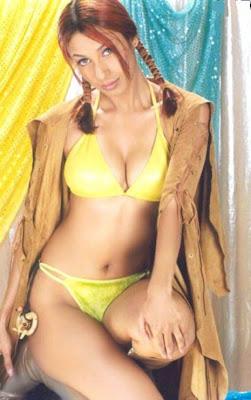 Kashmira Shah bikini