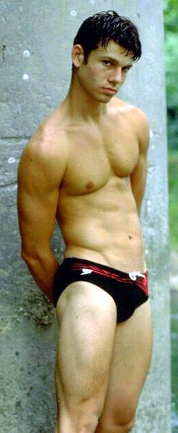 gays guapos desnudos: