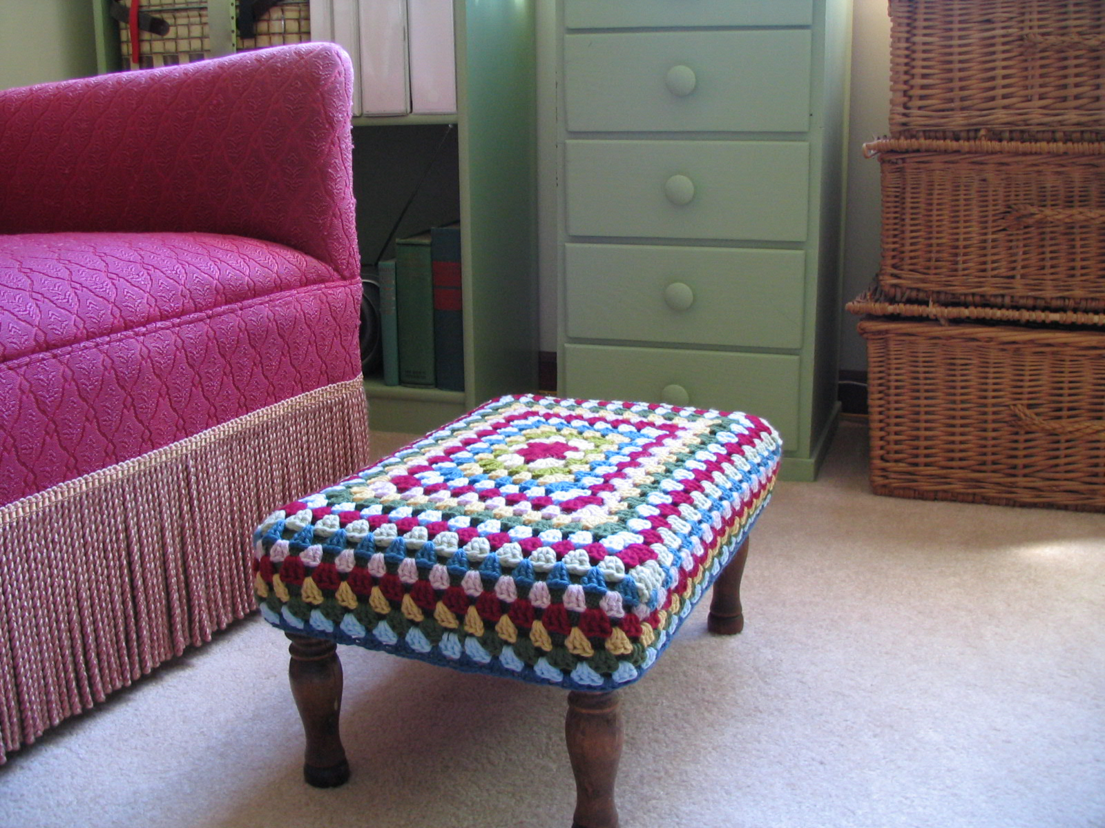 more on the crocheted footstool cover. & homespun living: more on the crocheted footstool cover... islam-shia.org