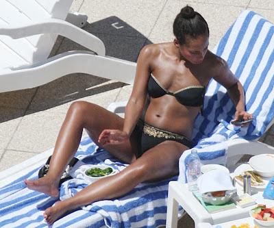 Keyes bikini Alicia