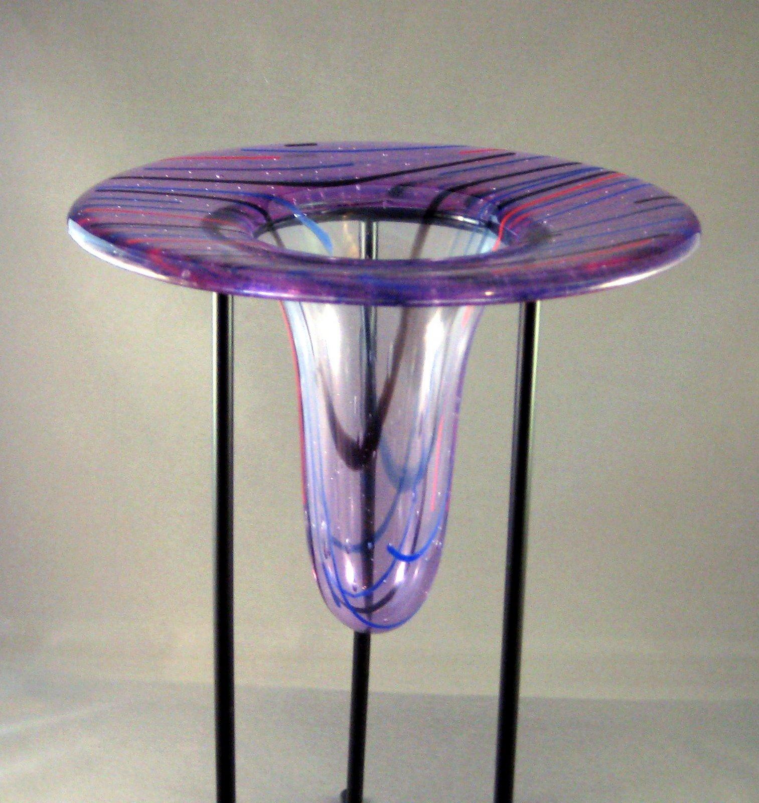 Drop ring vase