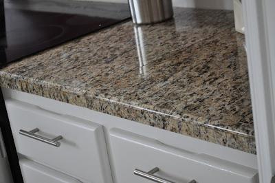The Dizzy House: DIY Granite Mini Slabs + Undermount Sink