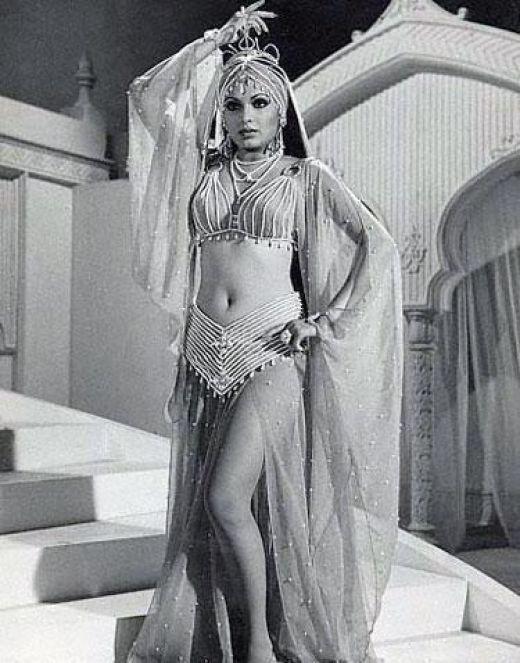 Celebrity photo maniac old bollywood actress parveen babi for Old indian actress photos