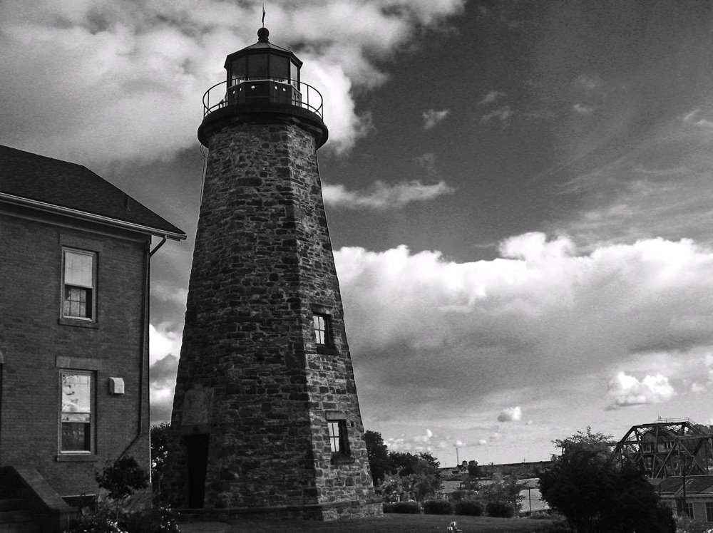 [lighthouse+b&w+Lake+Ontario]
