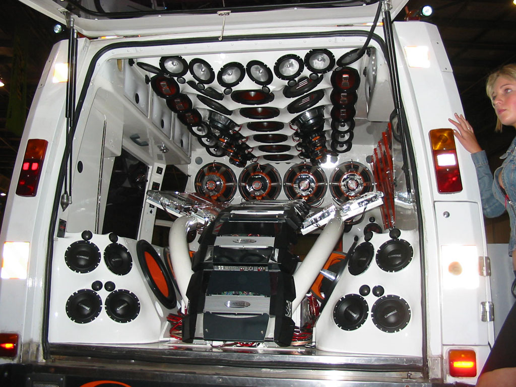 SW STEREO SPECIALISTS - European Car Audio Products