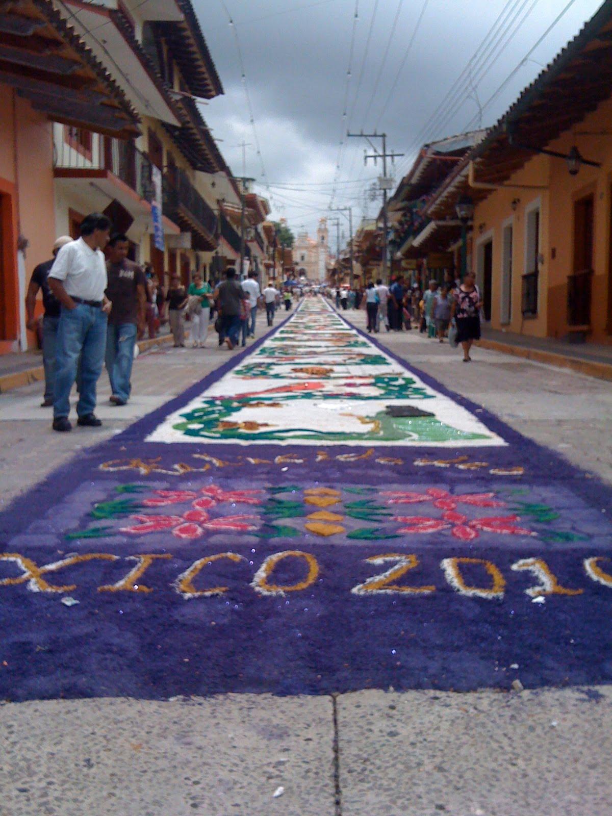 El colorido de la feria de xico con sus alfombras o for Alfombras persas en mexico