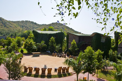 Posted by Ripple (VJ) : Photo Journey: Recently I visited Ranthamore with my office friends and stayed in Ranthamore Forest Resort for on weekend. Here are few Photographs of the resort to feel it through photographs. I have no photograph of food served there because I didn't like food there  :) :: Area for evening tea and cultural programs @ Ranthambore Forest Resort, Savai Madhopur