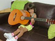 Analu, a musicista