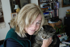 blogger Carole Terwilliger Meyers with kitty Polly