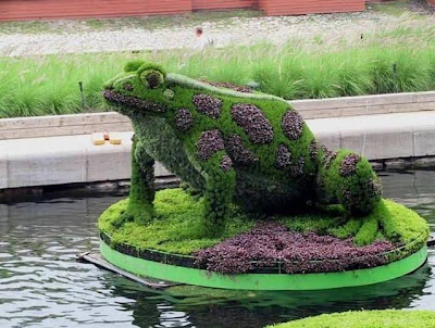 Gorgeous Gardens   Most Amazing Gardens Figures, Designer Gardens Hedges  Photos Of The World