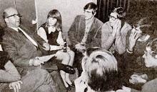 Politieke discussie in De Soos 1970