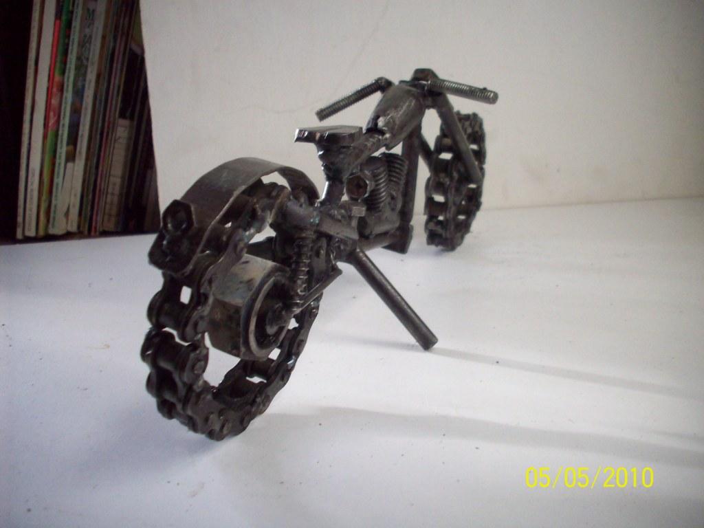 Esculturas de hierro creadas por un especialista yonolo cree