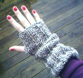 Knitting pattern fingerless gloves | Shop knitting pattern