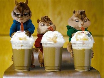 鼠來寶喝咖啡