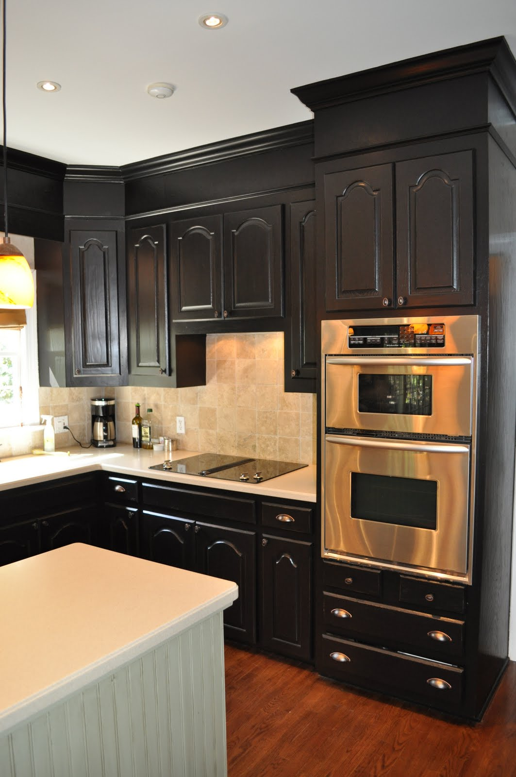 The collected interior black painted kitchen cabinets for Kitchen cabinets jobs