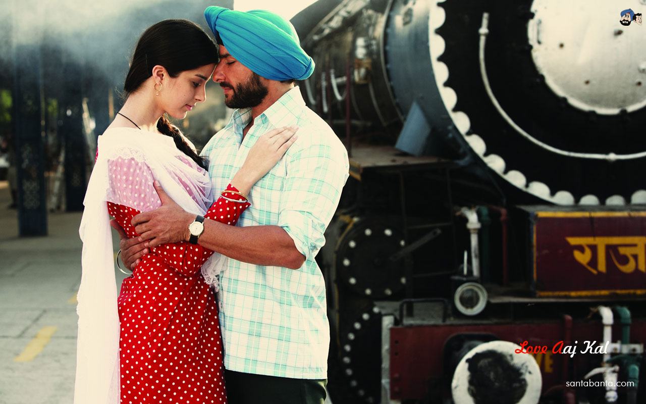 The movie is a parallelism drawn between the love stories of the two couples ...