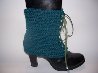 Preview This Free Crochet Pattern: Tie Me Up Spats