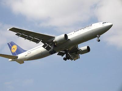 Lufthansa Airbus A300B4-600 image