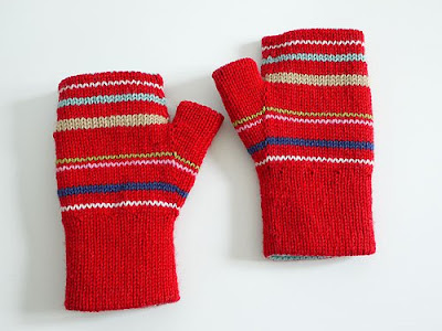 ovucamov: fingerless gloves sewing pattern