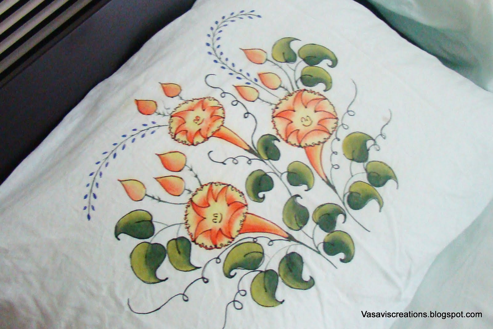 With matching painted pillow cover. Close-ups of the design & Vasavi\u0027s Creations: Free-hand Painted Bedspread pillowsntoast.com