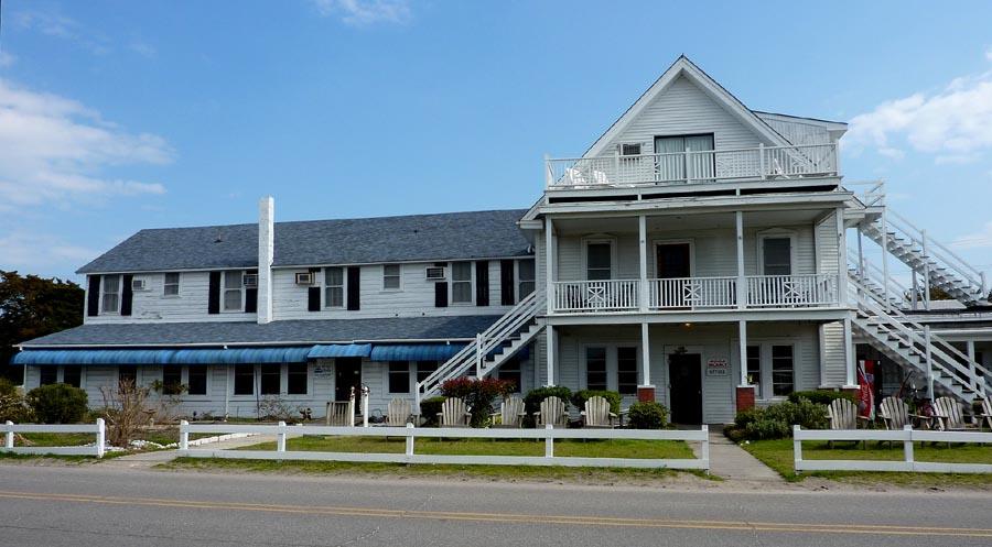 Ocracoke Island Hotels