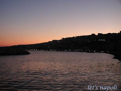 Naples et décembre Naples+night+%2811%29b