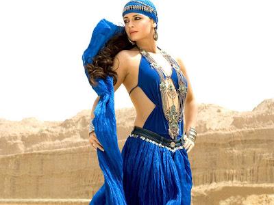 actress: diya mirza hot stars