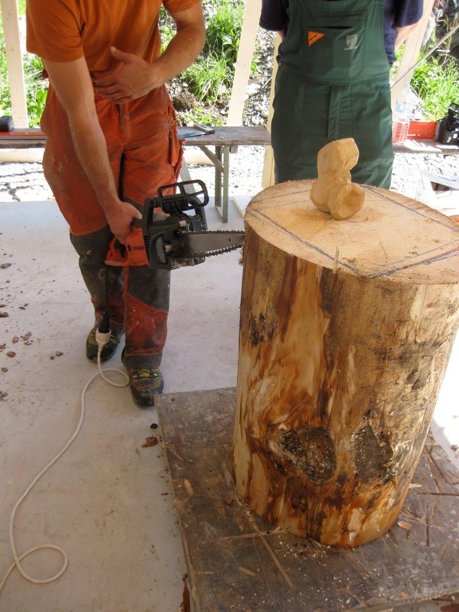 Erb s woodcarving schnitzen mit der kettensage