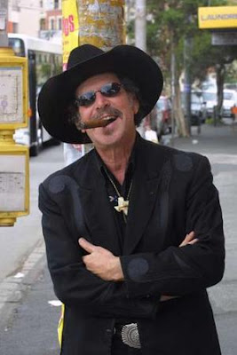 Kinky Friedman: couldn't be more Lovable Texas Cliche' if he tried!!