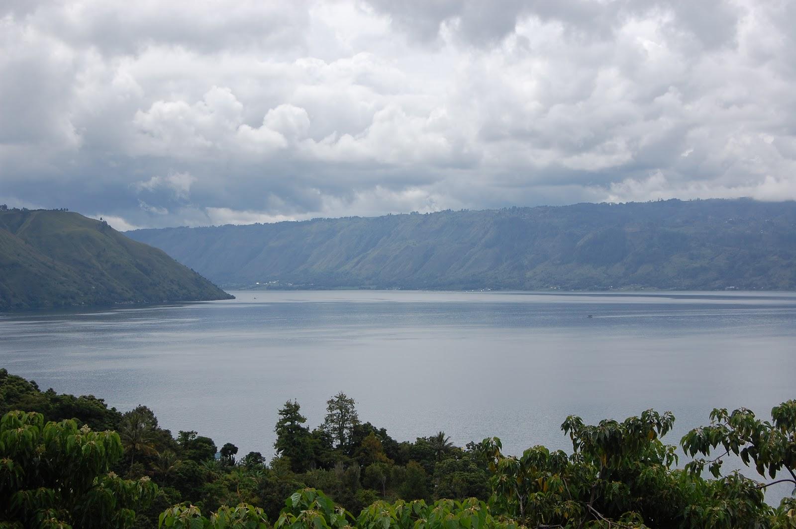 Indahnya Danau Toba di Kabupaten Toba Samosir