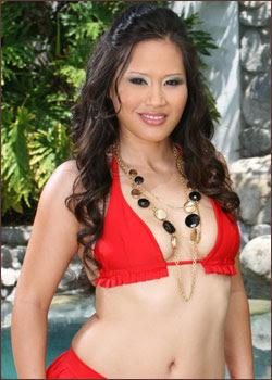http://3.bp.blogspot.com/_Y4qliYbXOz8/S5YP1uO0TRI/AAAAAAAAAEY/P-VKBV-XhCI/s640/jessica+bangkok+2.jpg
