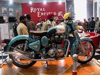 Royal Enfield Classic 500 C.C @ AutoExpo 2010