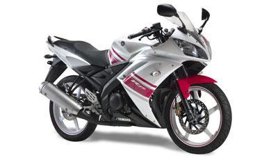 2010 White R15