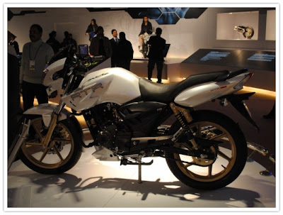 Apache RTR 180 with ABS @ AutoExpo 2010