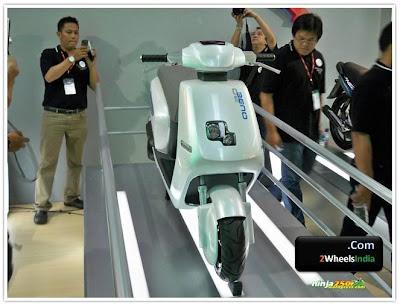 TVS Qube 2.0 Concept @ Jakarta Fair 2010