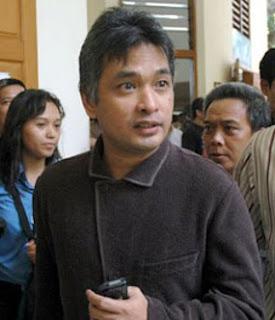 Kejaksaan Buru Pemred Playboy Erwin di Bali